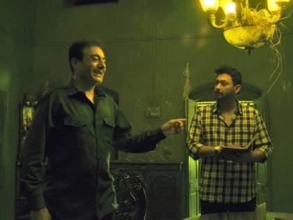 Samantar 2 Review: Kumar-Chakrapani's 'parallel' life is full of intricacies, mysteries, thrills and ... | Samantar 2 Review: कुमार-चक्रपाणीच्या 'समांतर' आयुष्याचा गुंता, रहस्य, थ्रिल रंगत जातं आणि...