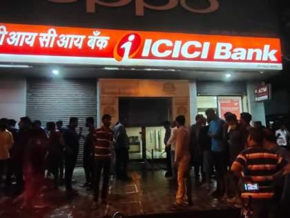Attempt to rob ICICI Bank in Virar, manager woman stabbed to death | विरारमध्ये ICICI बँक लुटण्याचा प्रयत्न, मॅनेजर महिलेची चाकूने हत्या