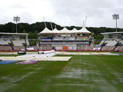 WTC final 2021 Ind vs NZ Test : What's a Reserve Day & when it can be used? Here's what ICC's rule states   WTC Final 2021 IND vs NZ : पावसामुळे अडीच तासांचा खेळ वाया गेला, राखीव दिवसाचा होणार का वापर?; जाणून घ्या ICCचा नियम