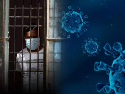 Corona Precautions : Care of the covid-19 patient wear mask and wash your hands frequently 6 precautions | 'या' एका चुकीमुळे सौम्य लक्षणांवरून गंभीर होऊ शकते कोरोना रुग्णाची तब्येत; वेळीच सावध व्हा