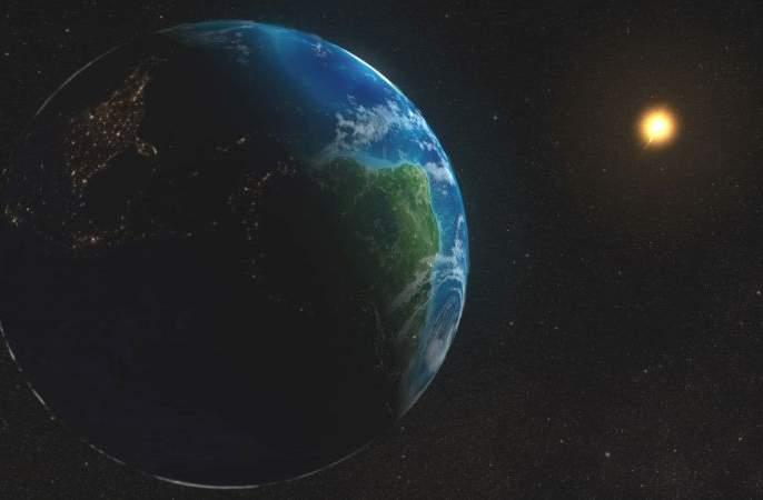Earth's distance from the sun on July 4 to 152 million km | चार जुलैला सूर्यापासून पृथ्वीचे अंतर १५२ दशलक्ष किमी