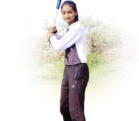 jyoti pawar , A latur girl, & a baseball dream.   लातूरच्या ज्योतीनं बेसबॉल टीमर्पयत कशी मारली धडक?