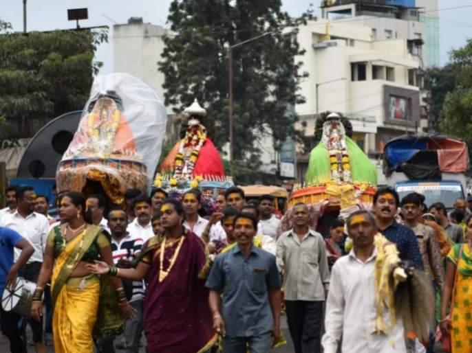 Mana's world departs for beauty, Renuka Devi's main trip on the 7th   मानाचे जग सौंदत्तीला रवाना, रेणुका देवीची ११ तारखेला मुख्य यात्रा