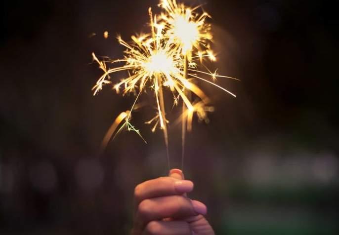 Use firecrackers in an environmentally friendly manner during Diwali   दिवाळीमध्ये फटाक्यांचा वापर पर्यावरणपूरक पद्धतीने करा