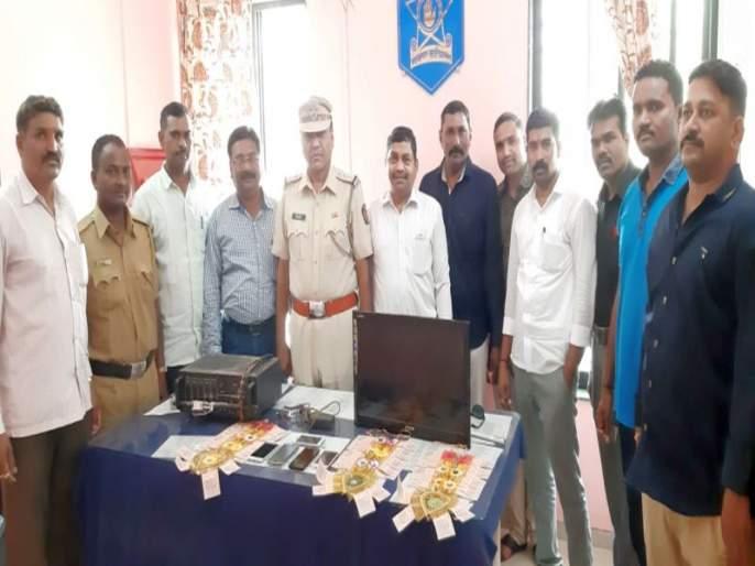 Shindkheda police 4 offenses | शिंदखेडा पोलिसांकडून ४ गुन्हे उघड