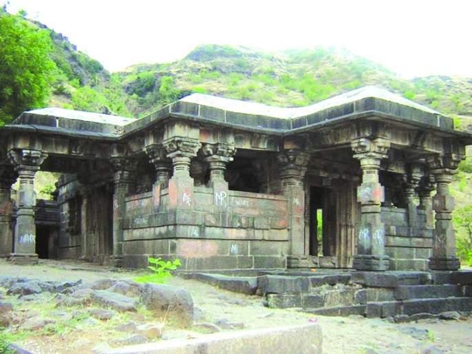 Legend that Shri Ramchandra made a pilgrimage to Lonar | श्रीरामचंद्रांनी लोणार तिर्थयात्रा केल्याची अख्यायीका