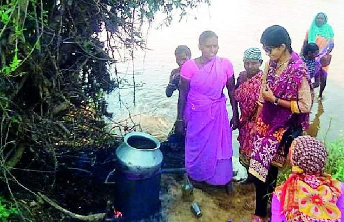 Mohsuda and alcohol destroyed by women's initiative | महिलांच्या पुढाकाराने मोहसडवा व दारू नष्ट