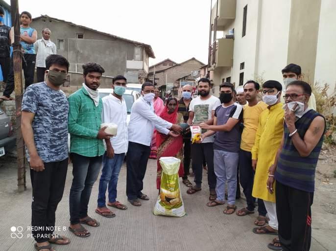Help from the saffron group of Kalyan | कळवणच्या भगवा ग्रुपकडून मदत