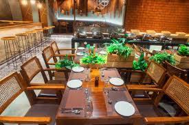 From today, restaurants and cafes will be open | आजपासून रेस्टॉरंट,कॅफे होणार खुली
