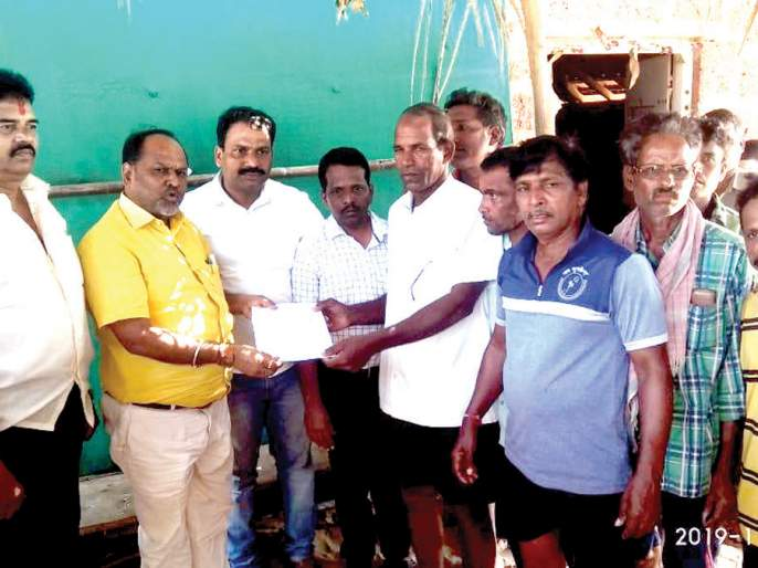 Will give maximum help to fishermen: Mahadev Janakar | मच्छिमारांना जास्तीत जास्त मदत देणार : महादेव जानकर