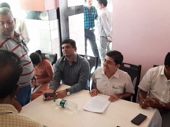 Aggressive, hearing against Ashapura Mining Company | आशापुरा मायनिंग कंपनीच्या सुनावणीत ग्रामस्थ आक्रमक,कंपनीला विरोध कायम