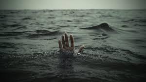 Male child drowned in Malegawi lake | मालेगावी तलावात बुडून मुलाचा मृत्यू