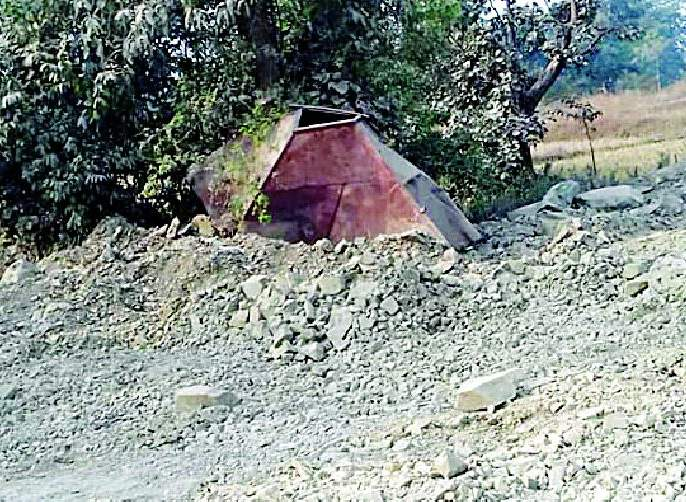 Close crushers at Pathanla | पठाणटोला येथील क्रशर बंद करा
