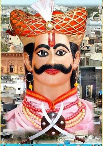 Yogi's founder Raghujiraj Shinde started the yatra | येवल्याचे संस्थापक रघुजीराजे शिंदे यांचा यात्रोत्सवाला सुरु वात