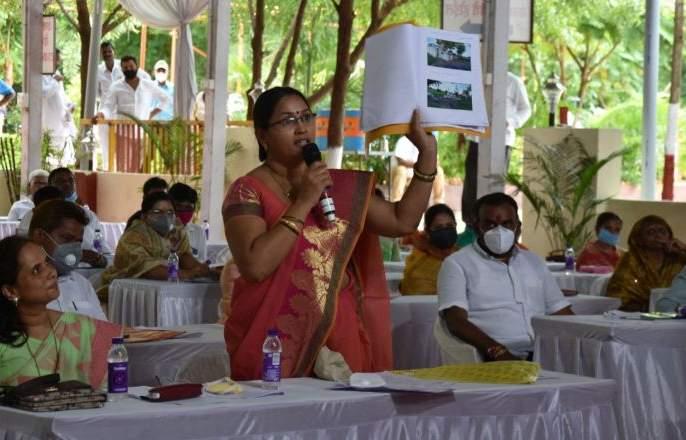 Bills were issued in Dhule Zilla Parishad even though the work was not done | धुळे जिल्हा परिषदेत कामे झालेली नसतांनाही बिले काढली