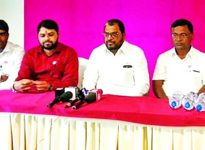 Swabhimani will be on the road for farmers loan waiver - Raju Shetty   सरसकट कर्जमाफीसाठी स्वाभिमानी रस्त्यावर उतरणार -राजू शेट्टी