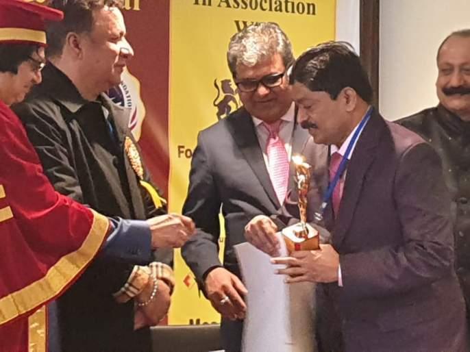 TDCC Bank President Rajendra Patil honored by the International Economic Relatives Award | 'आंतरराष्ट्रीयआयकॉनीक आॅचिव्हर्स अॅवार्डने' टीडीसीसी बँकेचे अध्यक्ष राजेंद्र पाटील सन्मानीत !