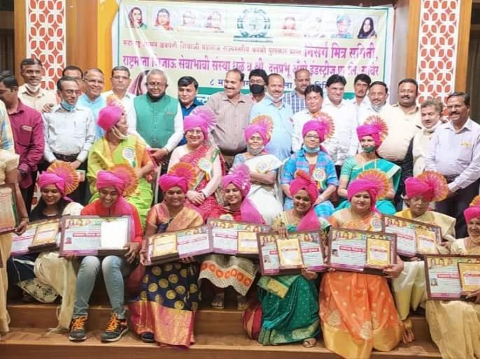 State Women's Council succeeds in Dhule | धुळ्यात राज्य महिला परीषद यशस्वी