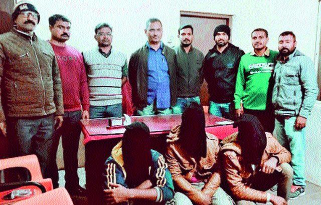 One murdered at Chalisgaon Gate, Malegavi | मालेगावी चाळीसगाव फाट्यावर एकाचा खून