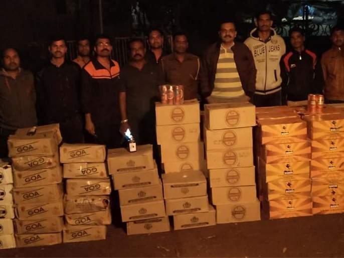 Eight lakh illegal liquor seized by police | आठ लाखांची अवैध दारू पोलिसांकडून जप्त