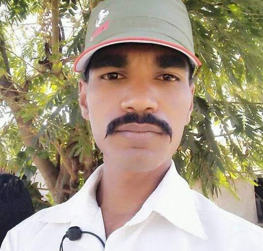 Accidental death of policewoman Madge of Ghodwadi   घोडेवाडीचे पोलीसपाटील मदगे यांचे अपघाती निधन