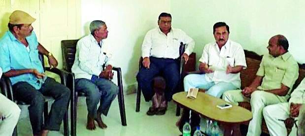 Political leaders struggle to save Vasant | 'वसंत'ला वाचविण्यासाठी राजकीय नेत्यांची धडपड