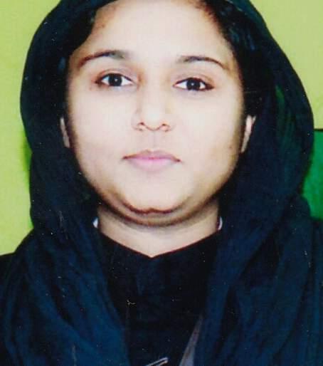 Give a gun license for self-defense; Shahista Khan Pathan of Chandrapur demands District Collector | आत्मरक्षणाकरिता बंदूक परवाना द्या; चंद्रपूरच्या शाहिस्ता खान पठाण यांची जिल्हाधिकाऱ्यांकडे मागणी