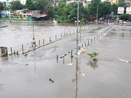 The story of Bhide bridge in Pune which goes under water every monsoon | दरवर्षी पाण्याखाली जाणाऱ्या पुण्यातील 'भिडे'पुलाची गोष्ट