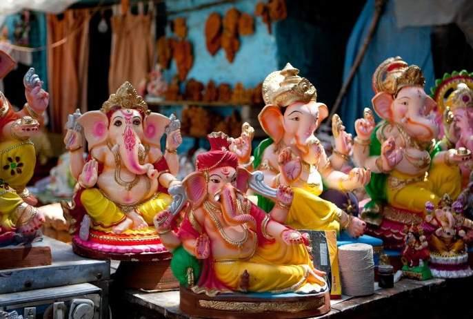 Ganesh idol sellers in confusion; Receipt of penalty instead of permission | गणेशमूर्ती विक्रेते संभ्रमात; परवानगीऐवजी मिळतेय दंडाची पावती