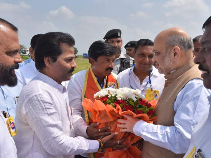Maharashtra Election 2019: Rahul Gandhi leaves the field: Amit Shah   Maharashtra Election 2019 : राहुल गांधी यांनी मैदान सोडले : अमित शहा