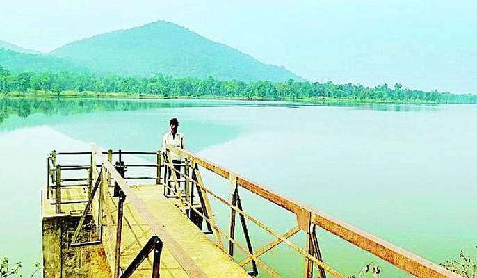 Release the ground water in the reservoir | जलाशयात बावनथडीचे पाणी सोडा