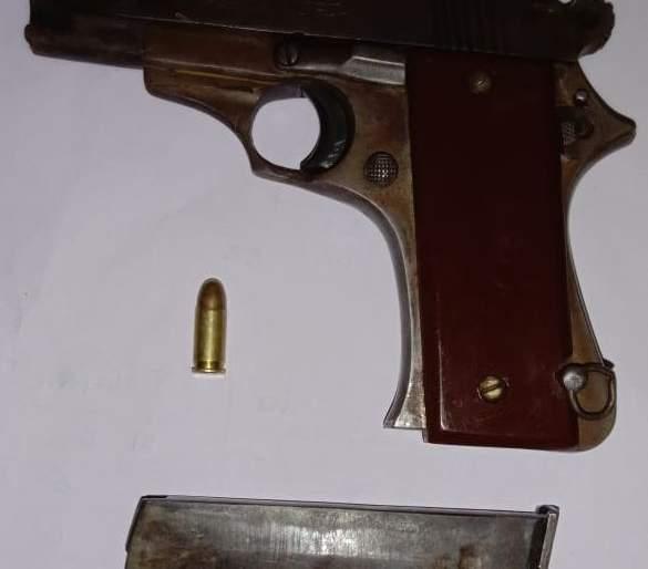 Police combing operation in Bhusawal | भुसावळात पोलिसांचे कोंबिंग आॅपरेशन