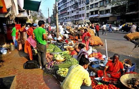 Hawker loan scheme launched in the country; but stop In Maharashtra | फेरीवाला कर्ज योजना देशात सुरू; महाराष्ट्रात मात्र ठप्प: केंद्र सरकारला राज्याचा ठेंगा