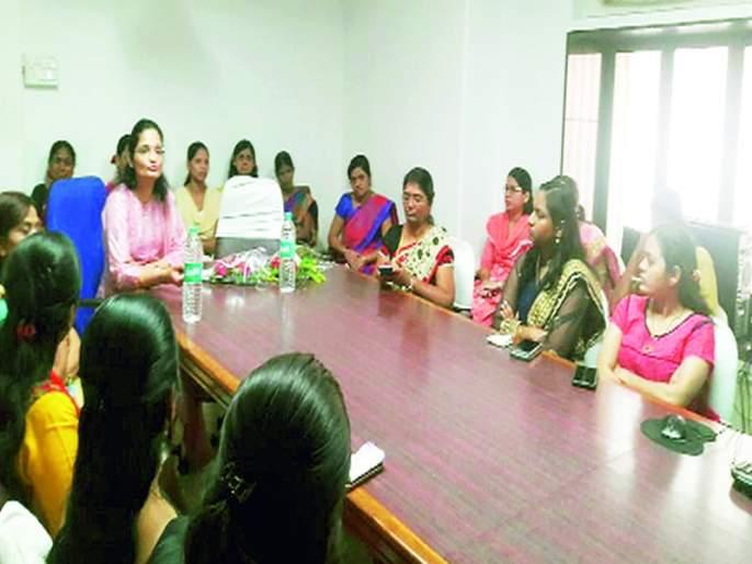 Women should be aware of health: Sack   महिलांनी आरोग्यासंबंधी जागरूक राहावे : बोरा