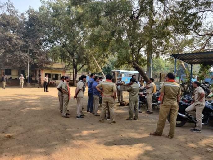 Angry bus driver consumes poison in Bhandara district | भंडारा जिल्ह्यात नाराज बस चालकाने केले विषप्राशन; प्रकृती चिंताजनक