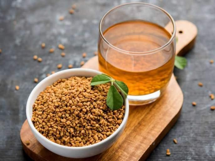 6 proven health benefits of drinking fenugreek or methi with hot water | मेथीच्या पाण्याने लगेच दूर होतील 'या' 6 गंभीर समस्या, झोपही येईल चांगली!