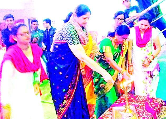Festival of women's art qualities | महिलांच्या कलागुणांचे दर्शन घडविणारा महोत्सव