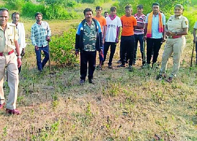 Terror of tigers in Sindhkhed, Khutfali forest | सिंदखेड, खुटाफळी जंगलात वाघाची दहशत