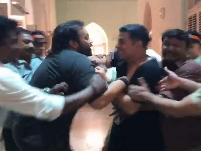 Akshay Kumar and Rohit Shetty fights on this incident | या वृत्तामुळे अक्षय कुमार व रोहित शेट्टीमध्ये झाली मारामारी, हा घ्या पुरावा