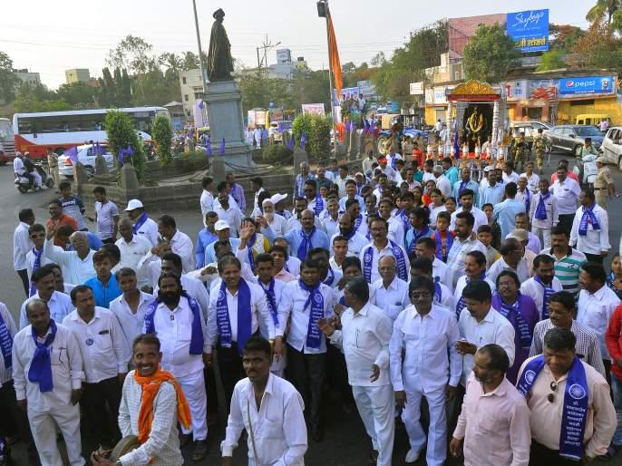 Dr. Darshan of Equality from Procession of Celebration of Babasaheb Ambedkar Jayanti | डॉ. बाबासाहेब आंबेडकर जयंतीनिमित्त शोभायात्रा मिरवणुकीतून समतेचे दर्शन