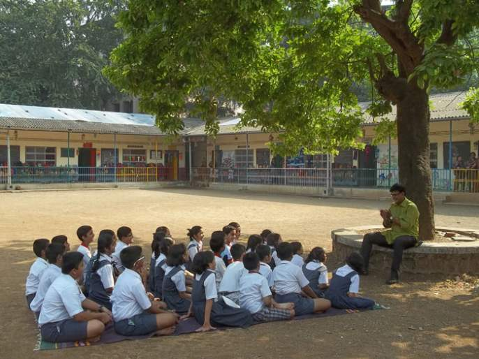 Fight for the General Workers of Marathi School Conservation | मराठी शाळा संवर्धनास सामान्य कार्यकर्त्यांचा लढा