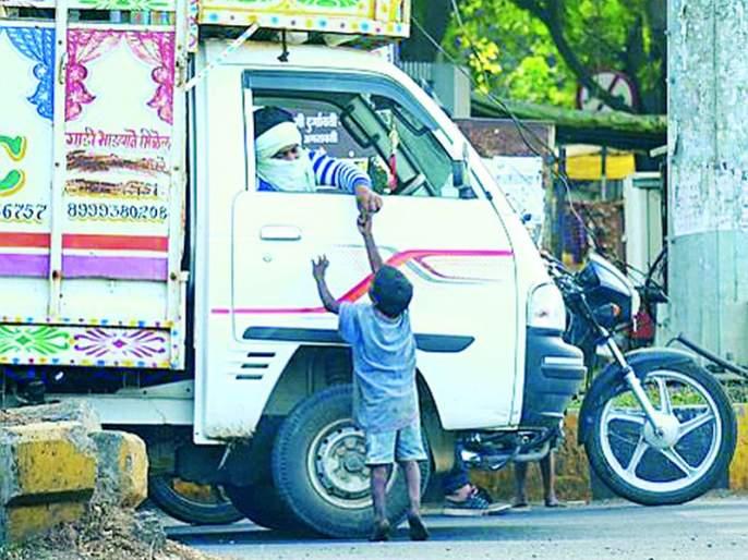 Risk of corona infection from 'Mumbai Return' monks?   'मुंबई रिटर्न' भिक्षुकांपासून कोरोना संक्रमणाचा धोका?