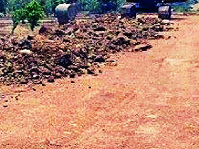 Work on the Tiroda-Katangi Railway is incomplete   तिरोडा-कटंगी रेल्वे मार्गाचे काम अपूर्णच