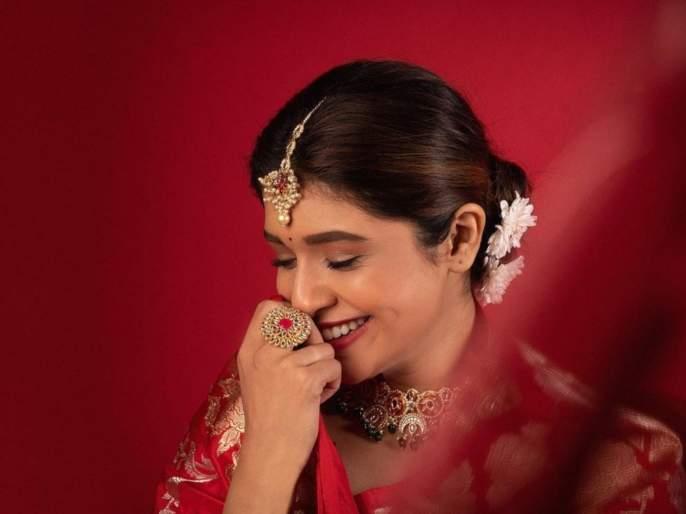 You will fall in love withSanskruti Balgude's Sojwal look, see her photos and videos   मराठमोळ्या संस्कृती बालगुडेच्या सोज्वळ अदा पाहून पडाल तिच्या प्रेमात, पहा तिचे फोटो आणि व्हिडीओ