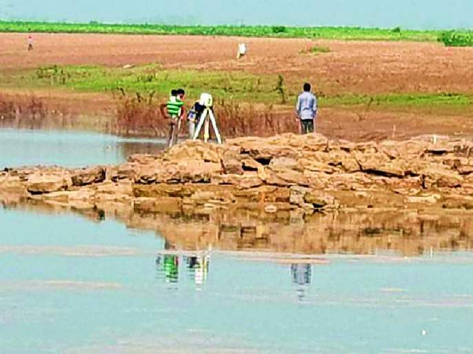 Measurements also started in Pranahita River for the Medigada Barrage | मेडिगड्डा बॅरेजसाठी प्राणहिता नदीतही मोजमाप सुरू