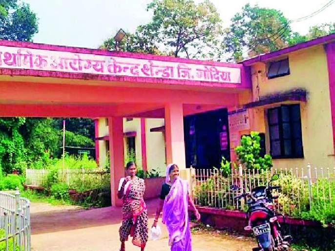 Increased problems at doctors' health centers | डॉक्टरांअभावी आरोग्य केंद्रात वाढल्या समस्या
