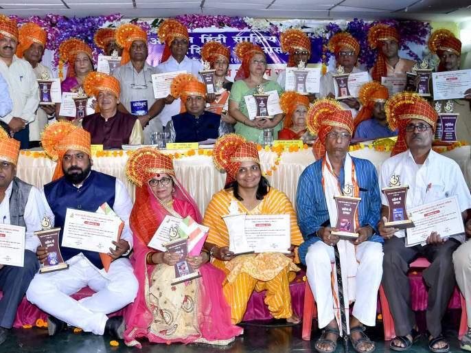 Hindi is the mother of all languages of the country: Thats | हिंदी ही देशातील सर्व भाषांची जननी : थत्ते