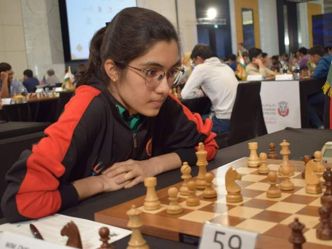 Witness Chitlange won gold in West Asian Chess Tournament | साक्षी चितलांगे हिने जिंकले पश्चिम आशियाई बुद्धिबळ स्पर्धेत सुवर्ण