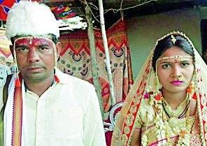 Kunkawa's program will have a better marriage | कुंकवाच्या कार्यक्रमातच उरकले लग्न