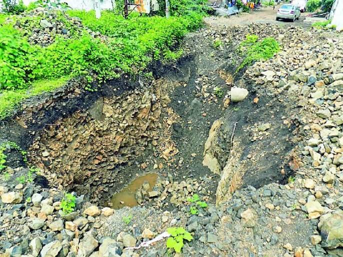 'Death of a well' in Pimpalgaon | 'मौत का कुंआ'ची पिंपळगावात दहशत